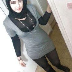 Jeune Femme arabe mariage par téléphone