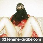 Femme voilée musulmane qui aime le sexe et ne s'en cache pas